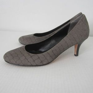 Cole Haan Classic Gray Pavestone Suede Pumps 9.5M